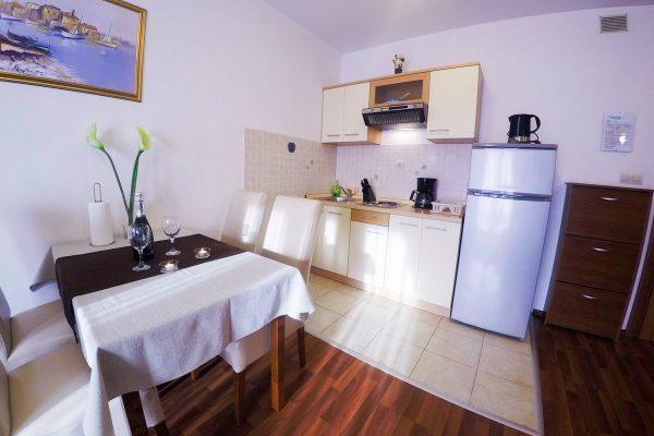 Apartments Tonina